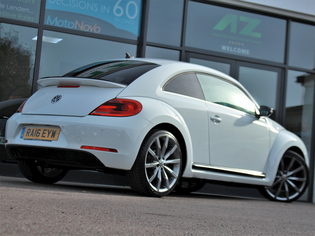 Volkswagen Beetle Sport Tdi Bluemotion Technology - Large 5