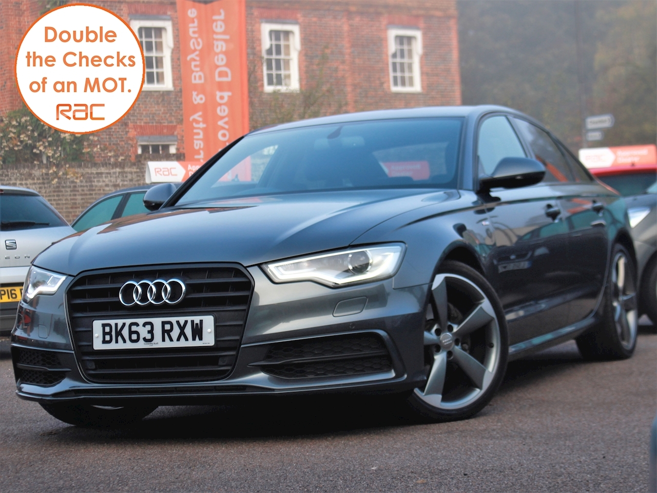 Audi A6 Tdi S Line Black Edition - Large 2