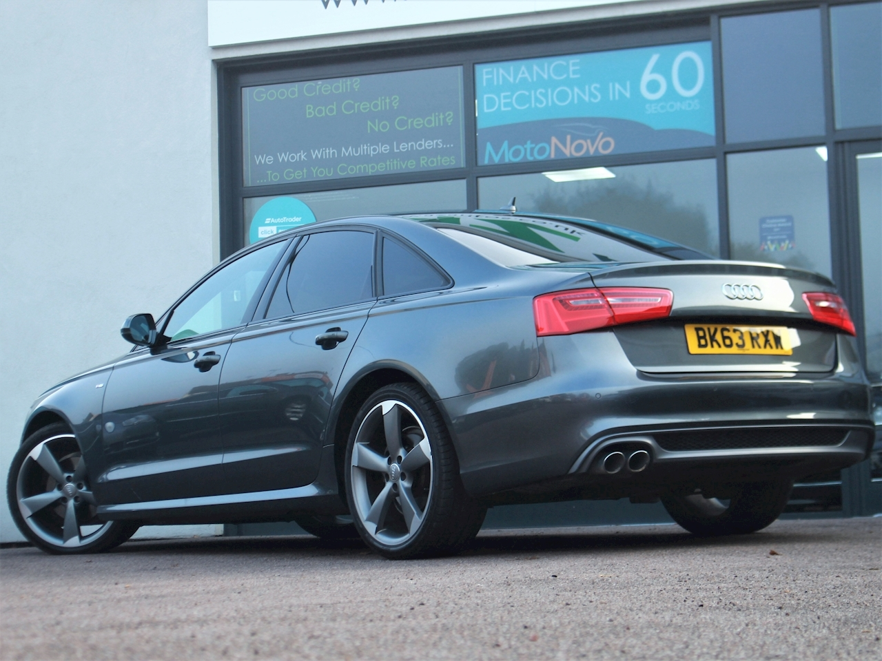 Audi A6 Tdi S Line Black Edition - Large 8