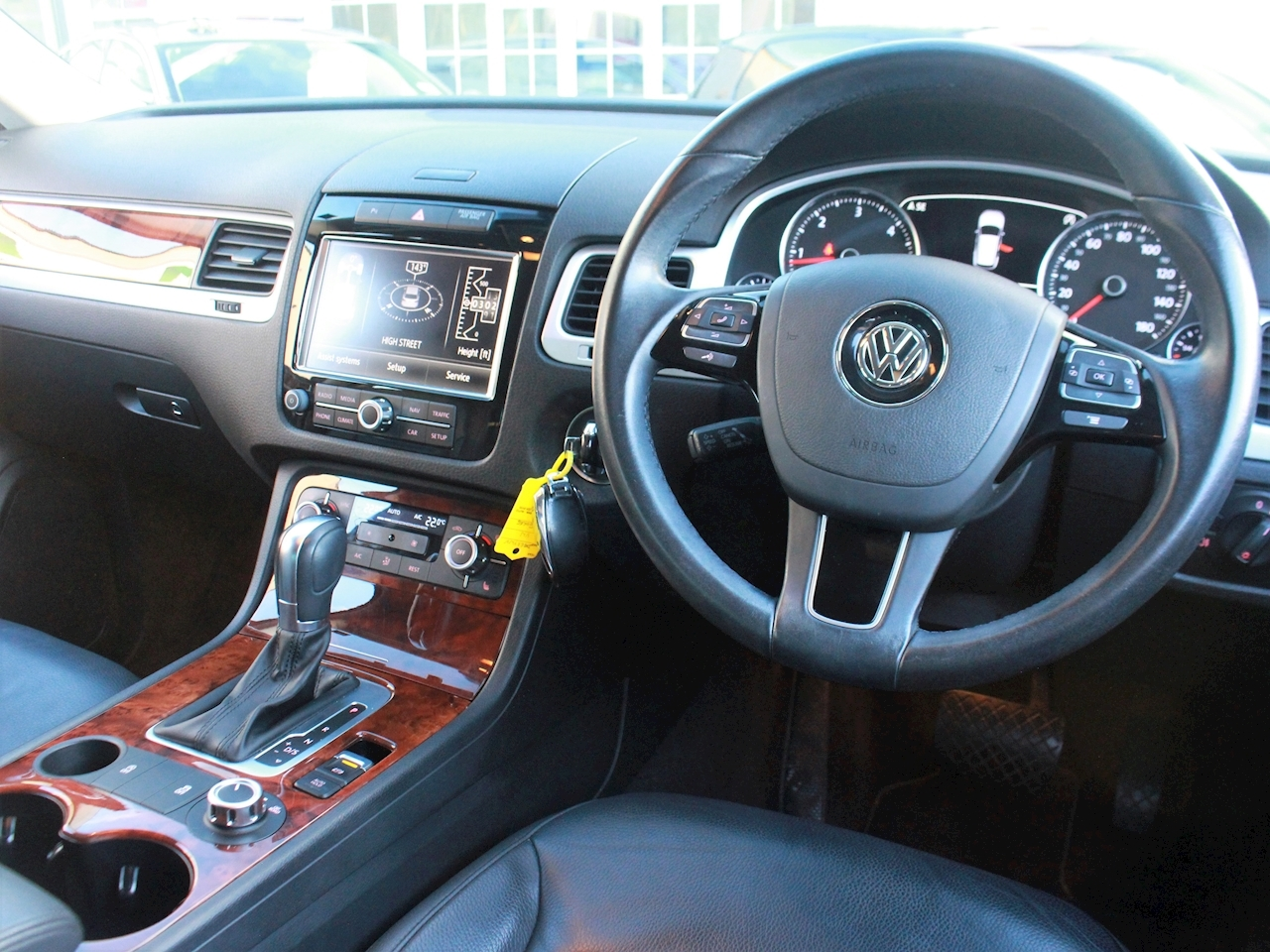 Volkswagen Touareg V6 Se Tdi Bluemotion Technology - Large 15