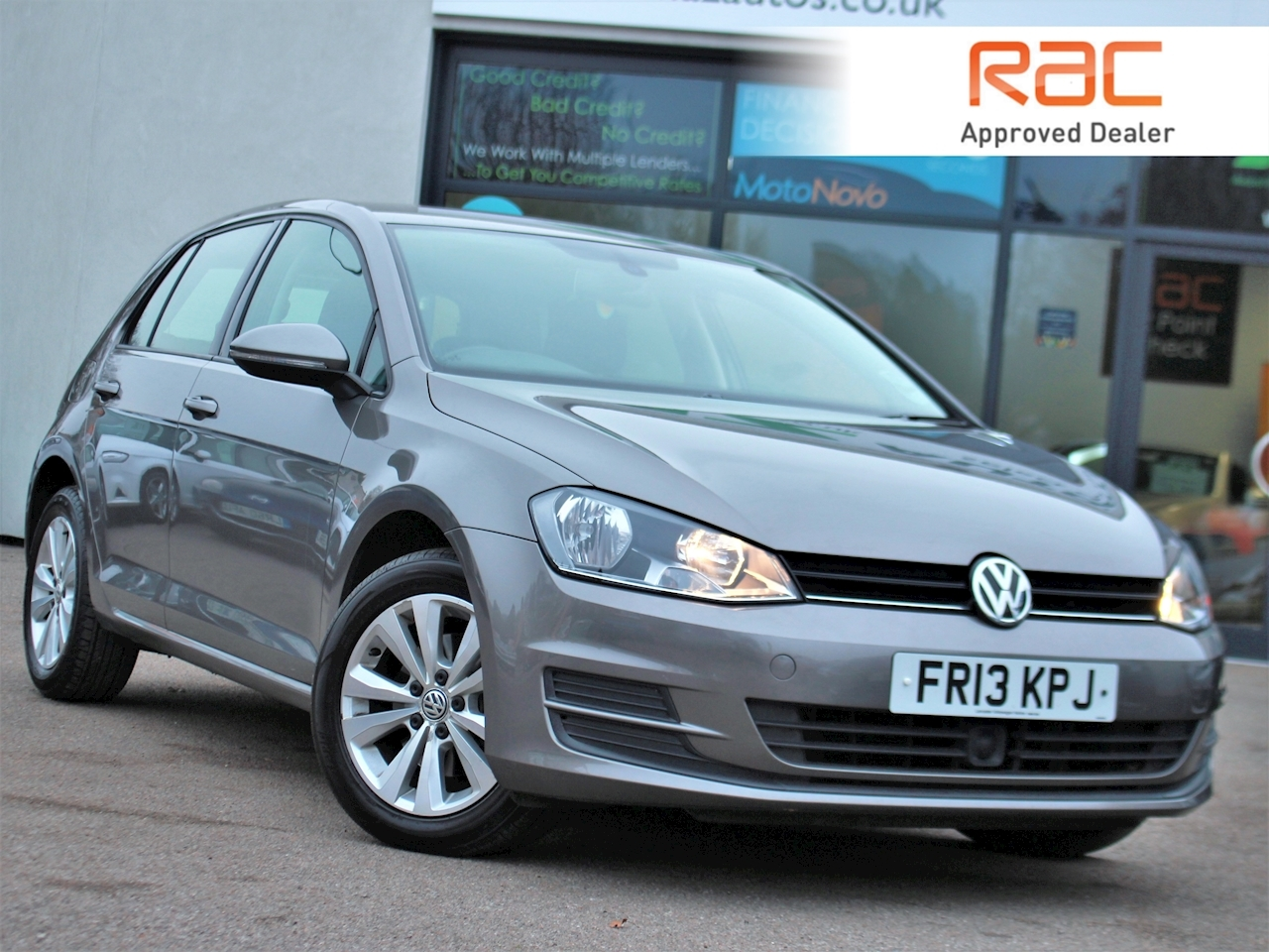 Volkswagen Golf Se Tdi Bluemotion Technology Dsg - Large 0