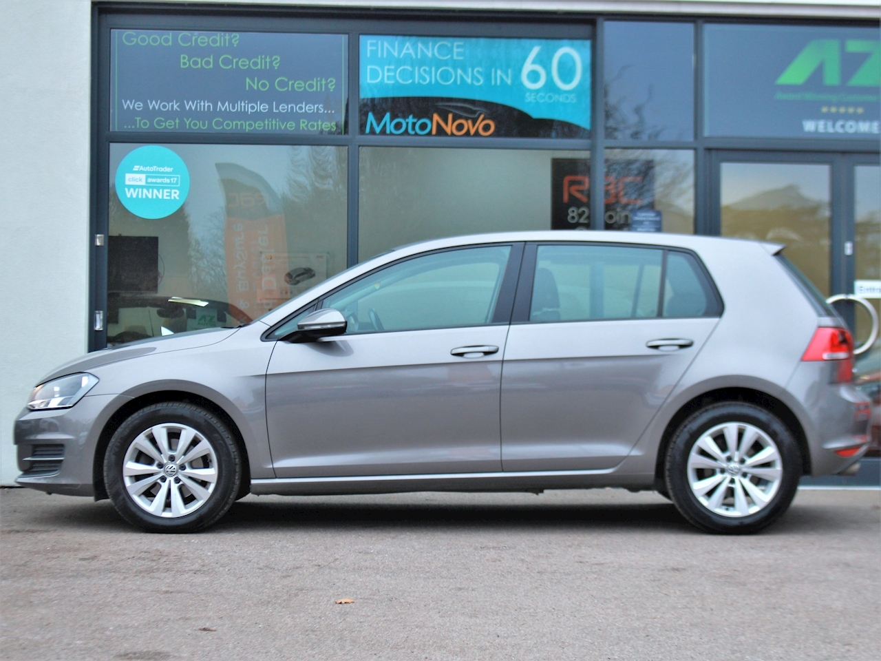 Volkswagen Golf Se Tdi Bluemotion Technology Dsg - Large 4