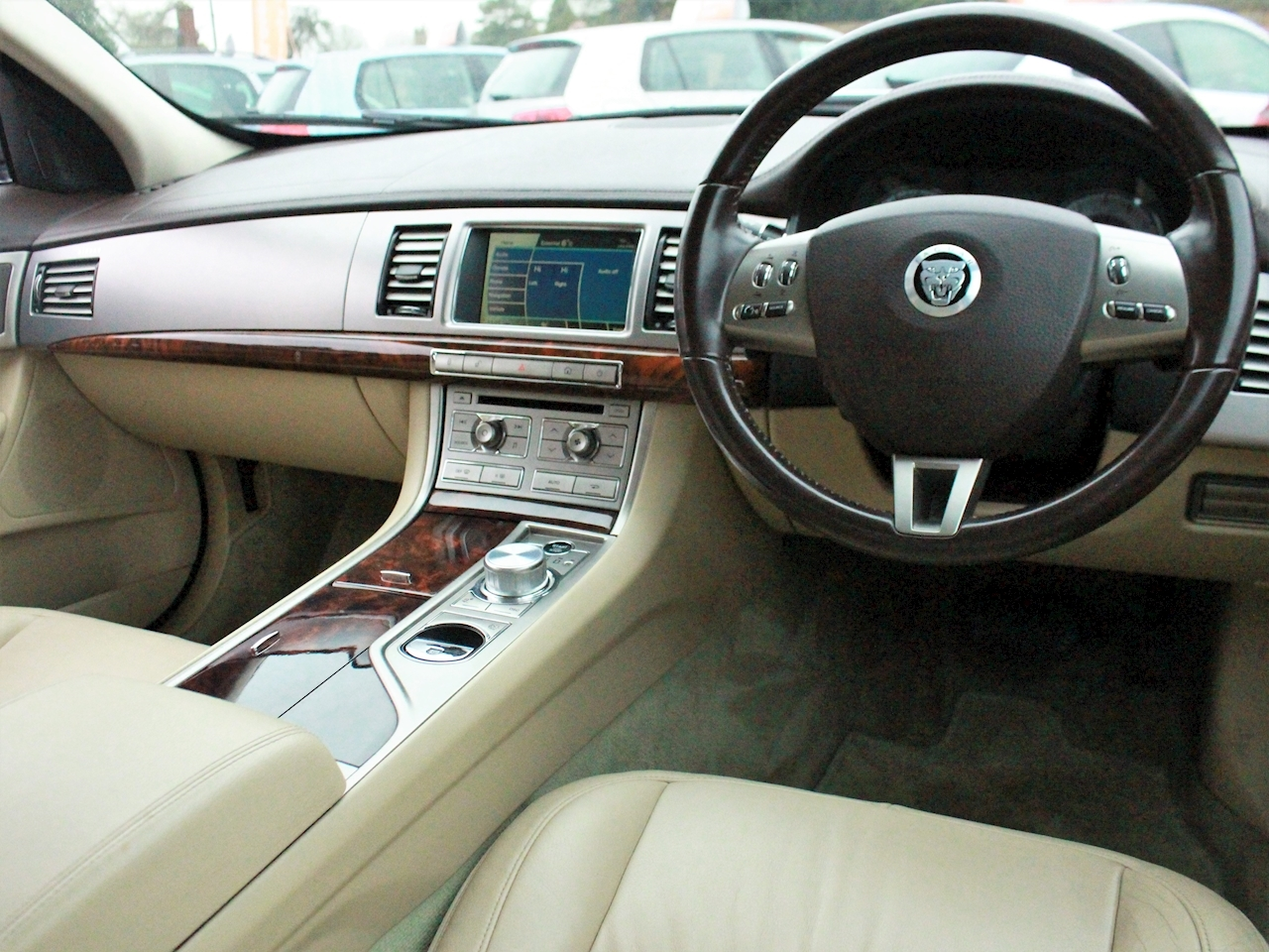 Jaguar Xf V6 Luxury - Large 15