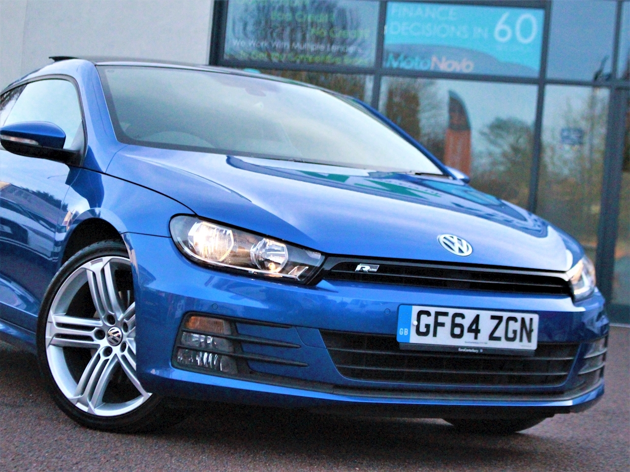 Volkswagen Scirocco R Line Tdi Bluemotion Technology Dsg - Large 2