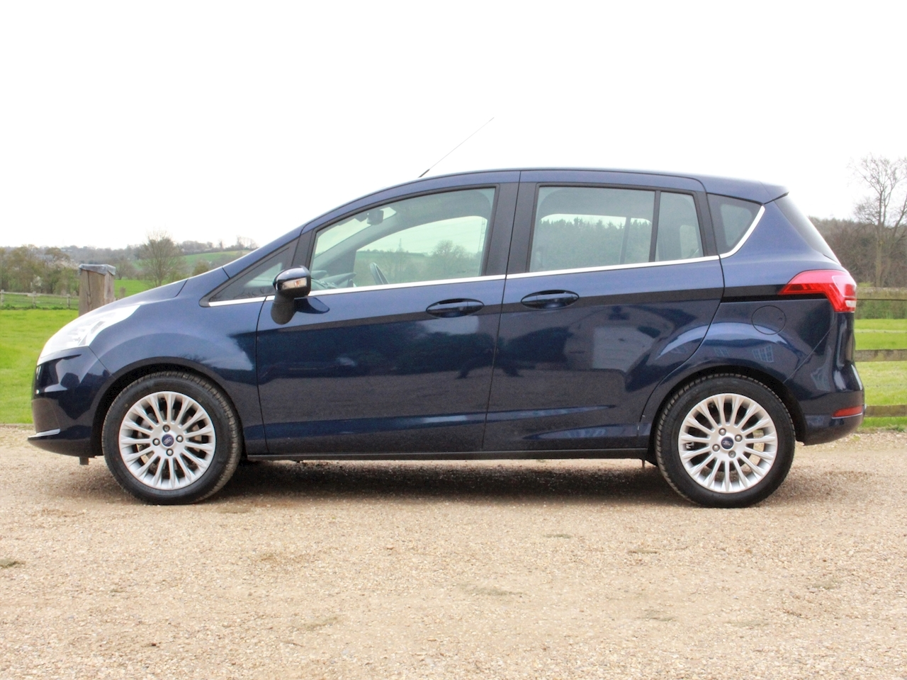 Ford B-Max Titanium - Large 3
