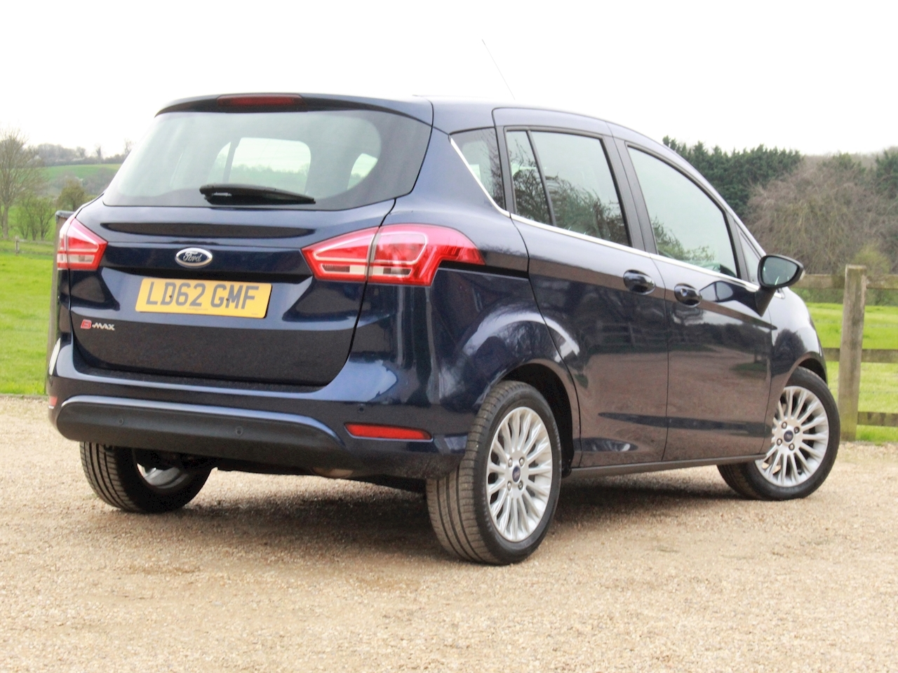 Ford B-Max Titanium - Large 5