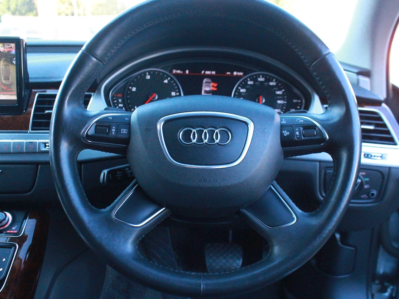 Audi A8 Tdi Quattro Se Executive - Large 18