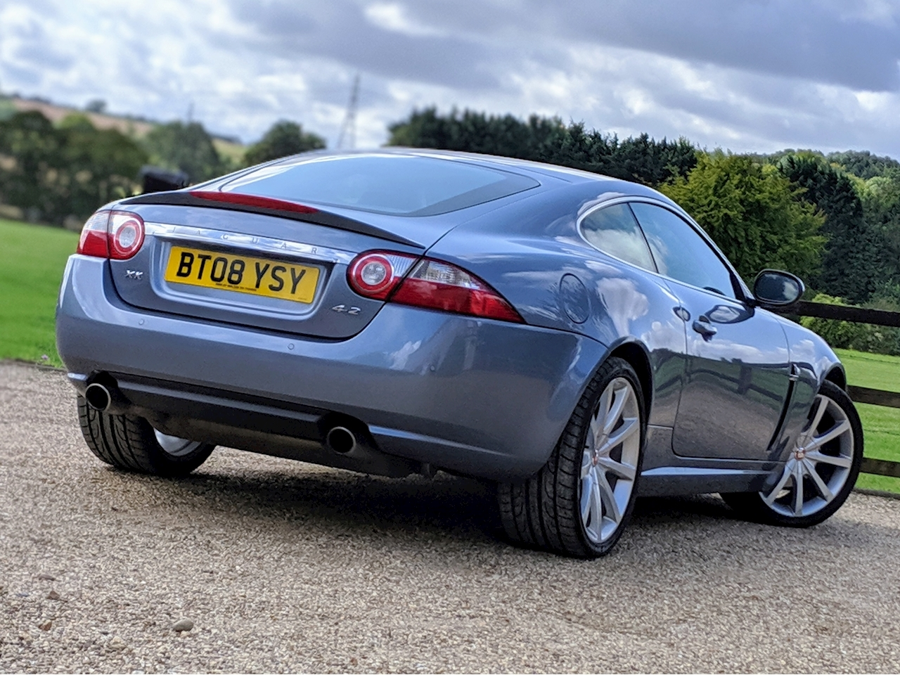 Jaguar Xk Coupe - Large 5