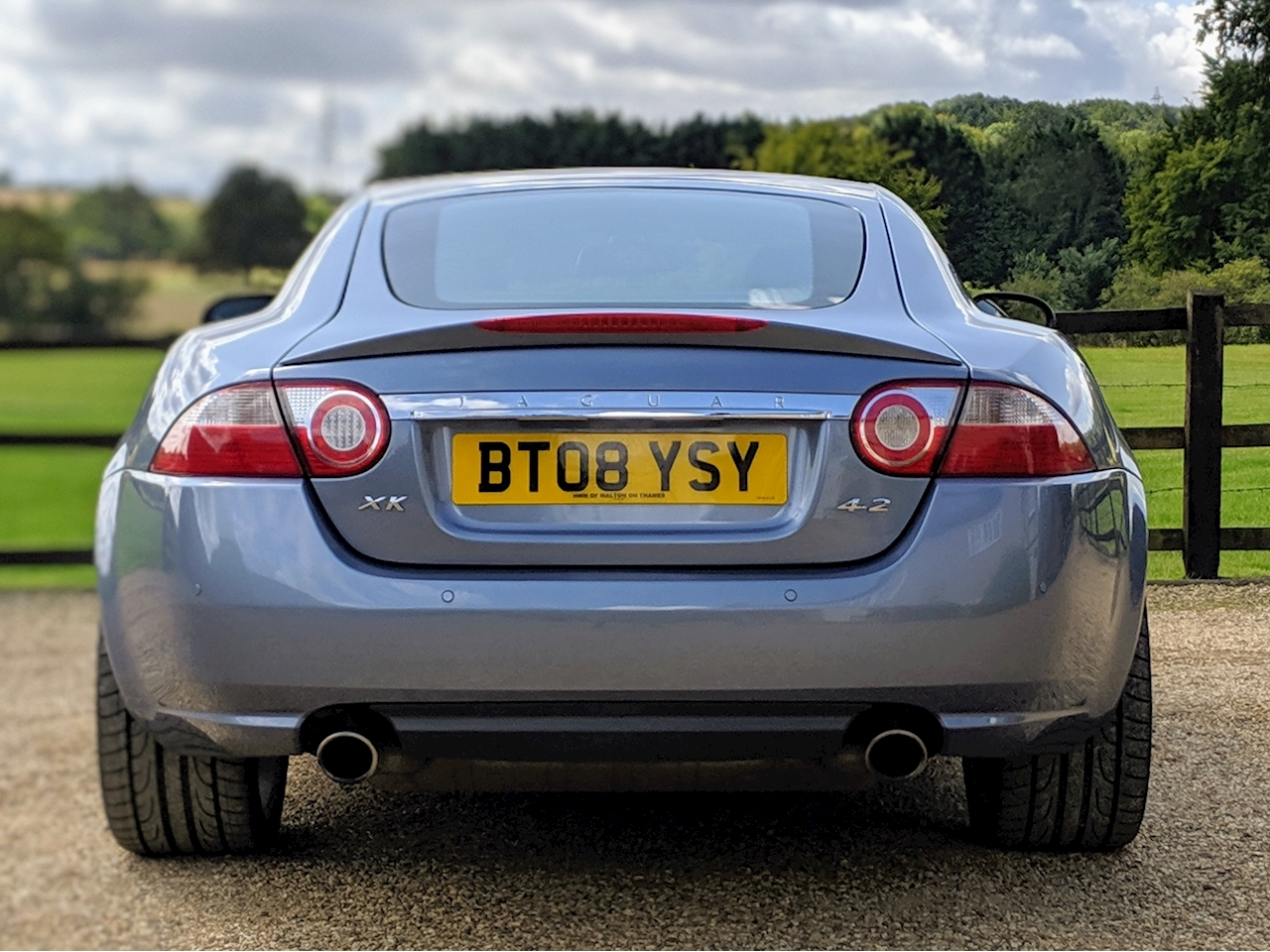 Jaguar Xk Coupe - Large 4