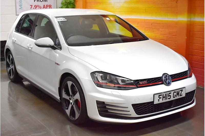 Volkswagen Golf 2.0 TSI GTi DSG Performance Pack 230 (PP) 5dr Automatic