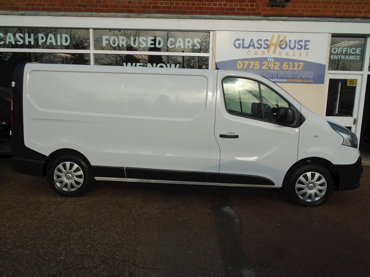 ... Trafic Ll29 Business Dci S/R P/V Panel Van 1.6 Manual Diesel