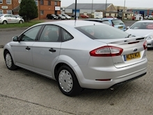 2013 Ford Mondeo 1.6 TDCi ECO Edge Hatchback Diesel 1.6 - Thumb 7