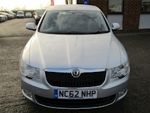 2012 Skoda Superb 1.6 TDI CR S Hatchback Diesel 1.6 - Thumb 16