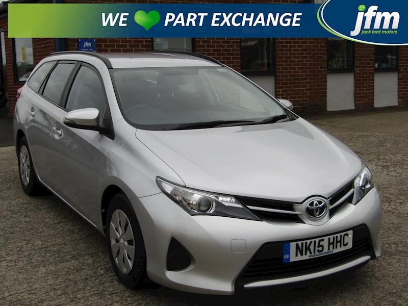 Auris 1.4 D-4D Active Touring Sports 1.4 5dr Estate Manual Diesel