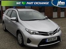 2015 Toyota Auris 1.4 D-4D Active Touring Sports Estate Diesel 1.4 - Thumb 0