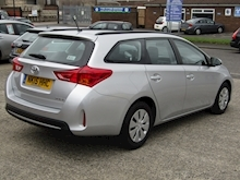 2015 Toyota Auris 1.4 D-4D Active Touring Sports Estate Diesel 1.4 - Thumb 5