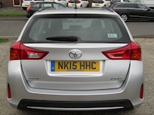 2015 Toyota Auris 1.4 D-4D Active Touring Sports Estate Diesel 1.4 - Thumb 6