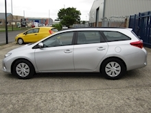 2015 Toyota Auris 1.4 D-4D Active Touring Sports Estate Diesel 1.4 - Thumb 8