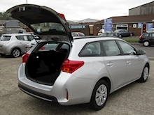 2015 Toyota Auris 1.4 D-4D Active Touring Sports Estate Diesel 1.4 - Thumb 15