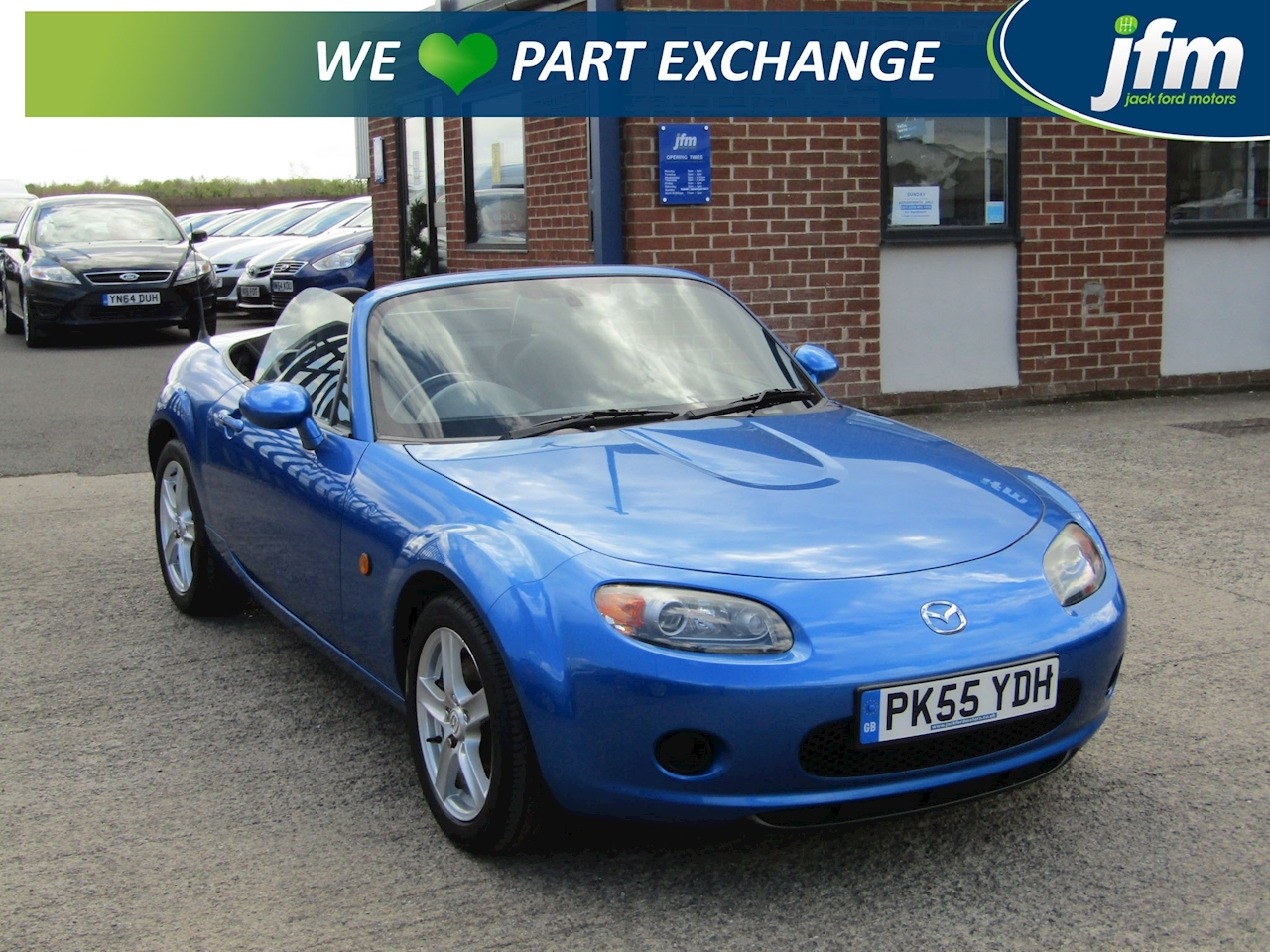 MX-5 1.8 Convertible 2dr Petrol Manual (174 g/km, 124 bhp) Convertible 1.8 Manual Petrol