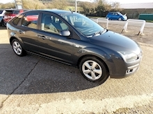 Ford Focus Zetec Climate - Thumb 0