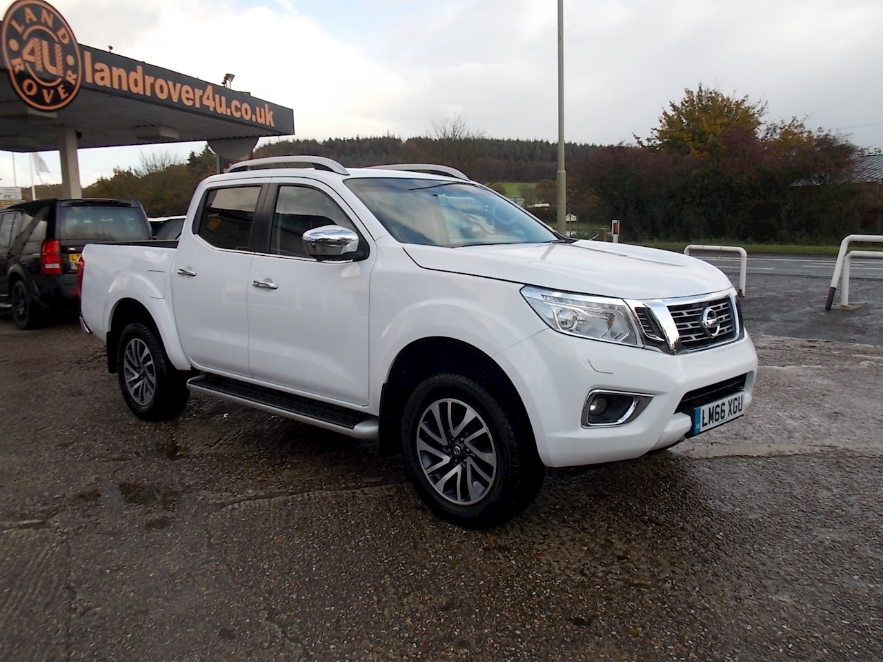 Nissan Navara Dci Tekna 4X4 Shr Dcb Pick-Up 2.3 Manual Diesel