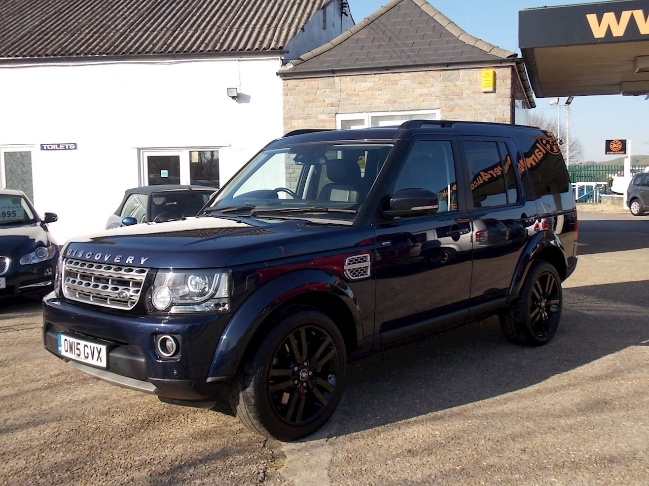 Land Rover Discovery 4 HSE Luxury SUV 3 Automatic Diesel