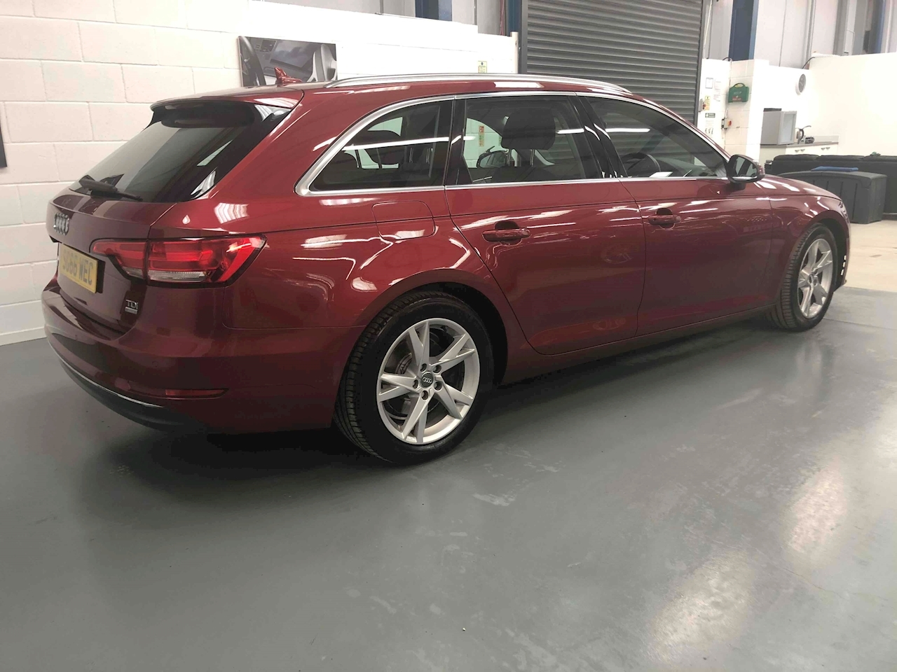 A4 Avant TDI ultra Sport Estate 2.0 Automatic Diesel