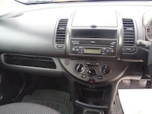 Nissan Note 1.4 2006 - Thumb 8