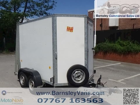 IFOR WILLIAMS BOX TRAILER BV58G