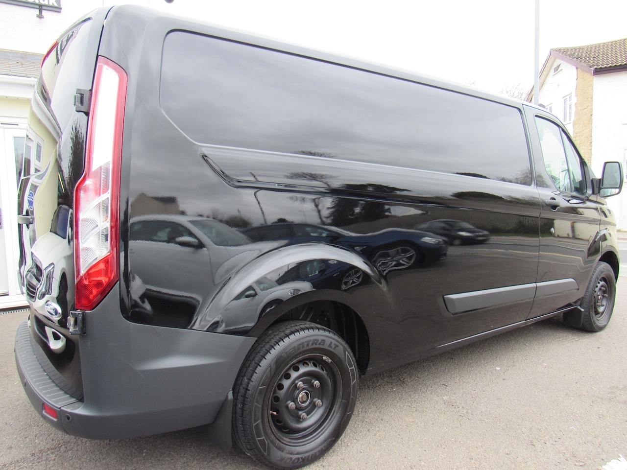 Ford Transit Custom 290 Trend Lr P/V Panel Van 2.2 Manual Diesel