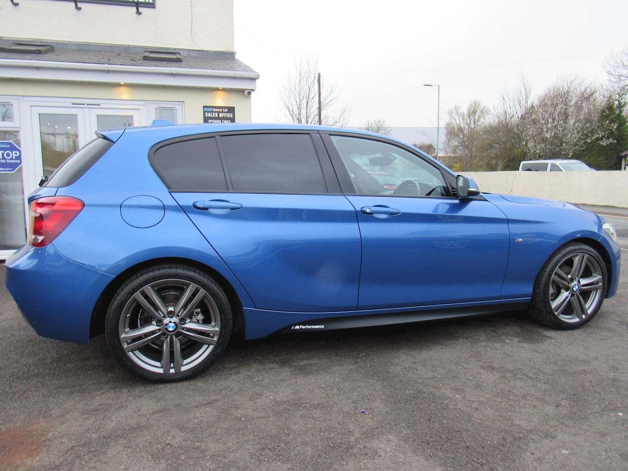 BMW 1 Series 116D M Sport Hatchback 2.0 Automatic Diesel