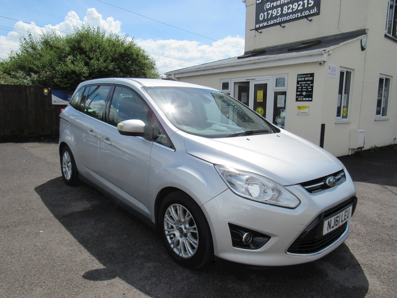 Ford C-Max Grand Titanium Tdci Mpv 1.6 Manual Diesel