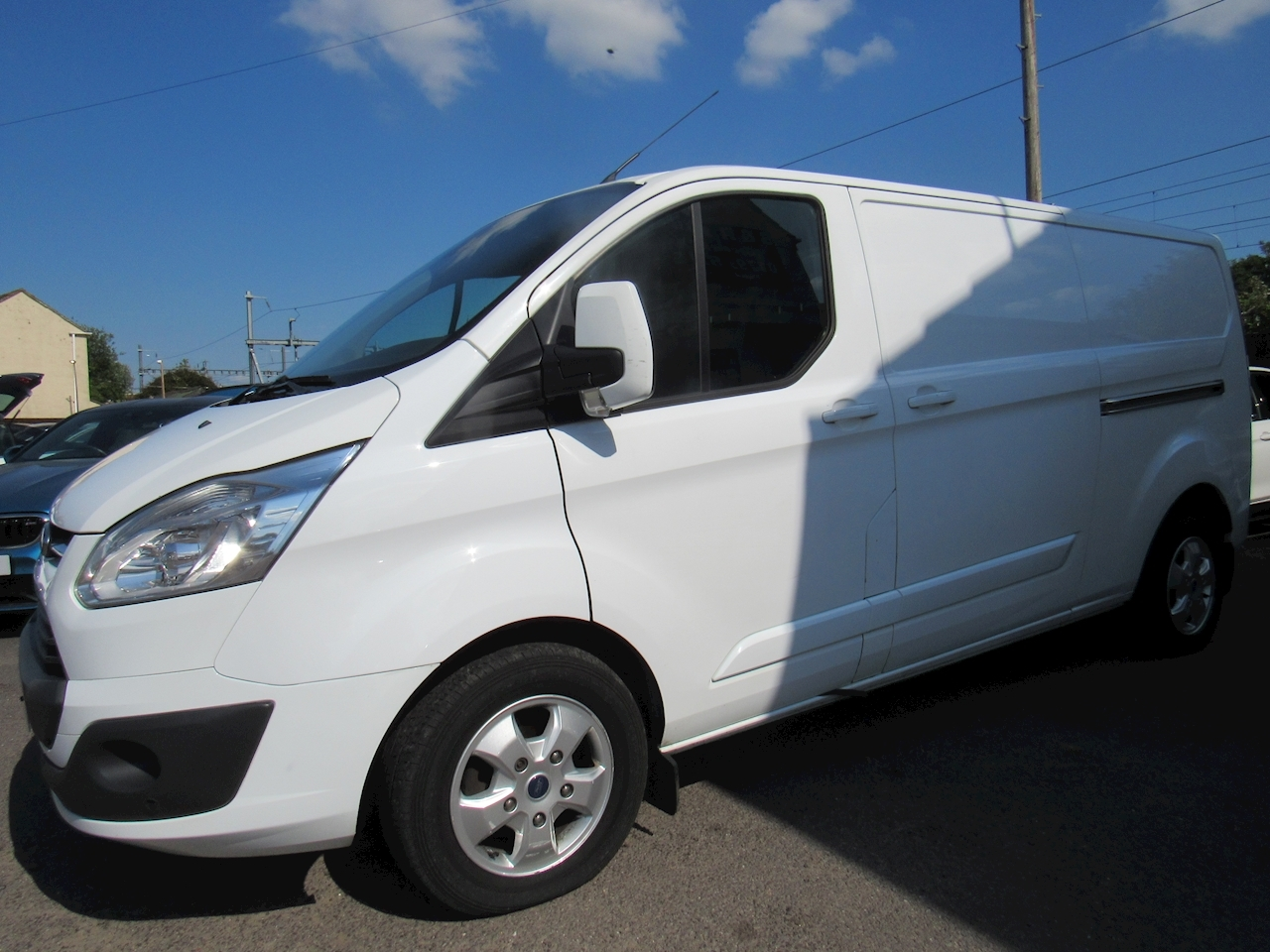 Ford Transit Custom 290 Limited Lr Dcb Panel Van 2.0 Manual Diesel