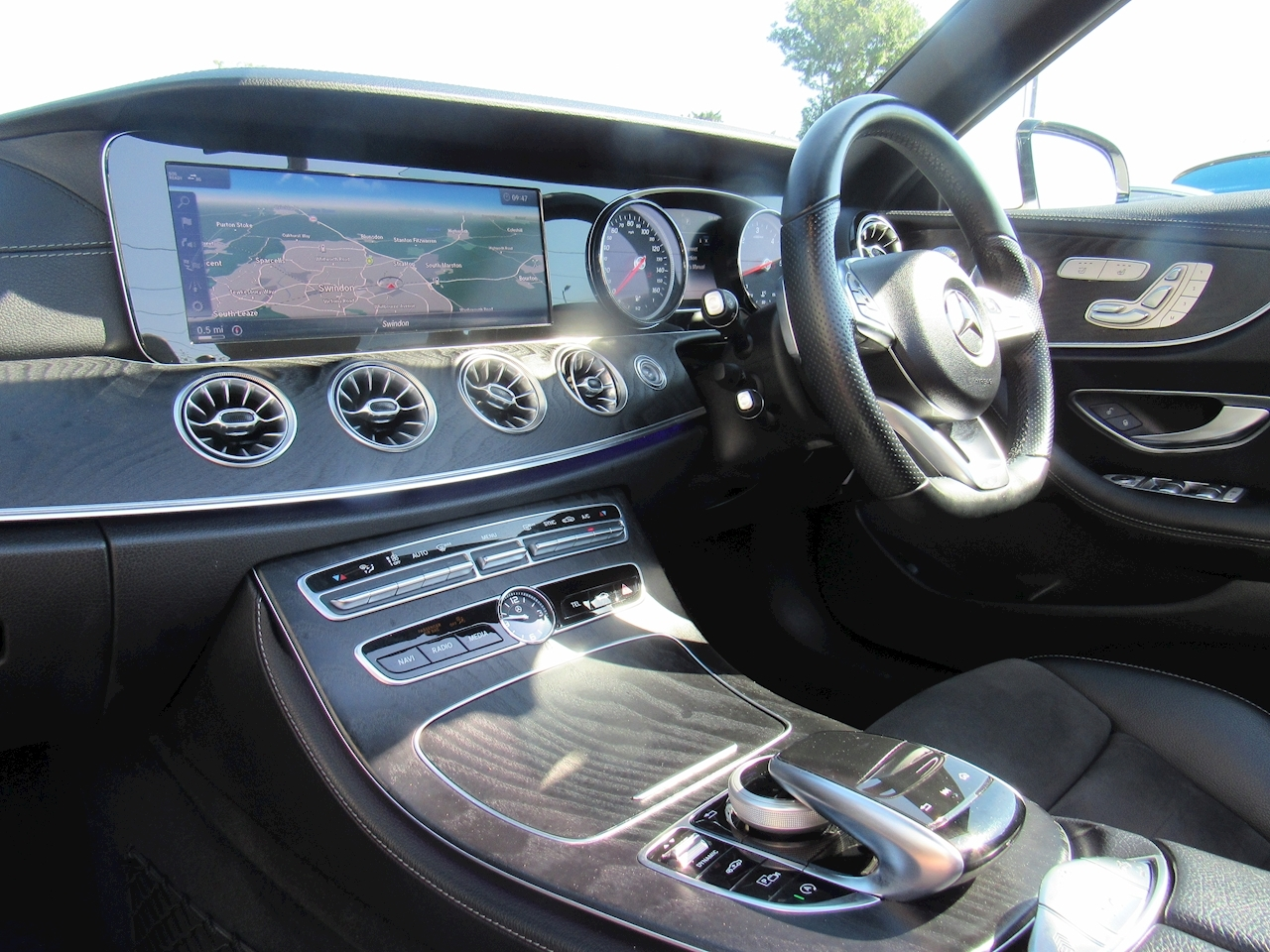 Mercedes-Benz E Class E 350 D 4Matic Amg Line Premium Plus Convertible 3.0 Automatic Diesel