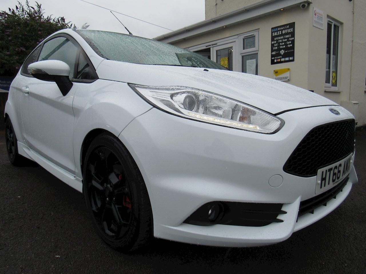 Ford Fiesta St-2 Hatchback 1.6 Manual Petrol