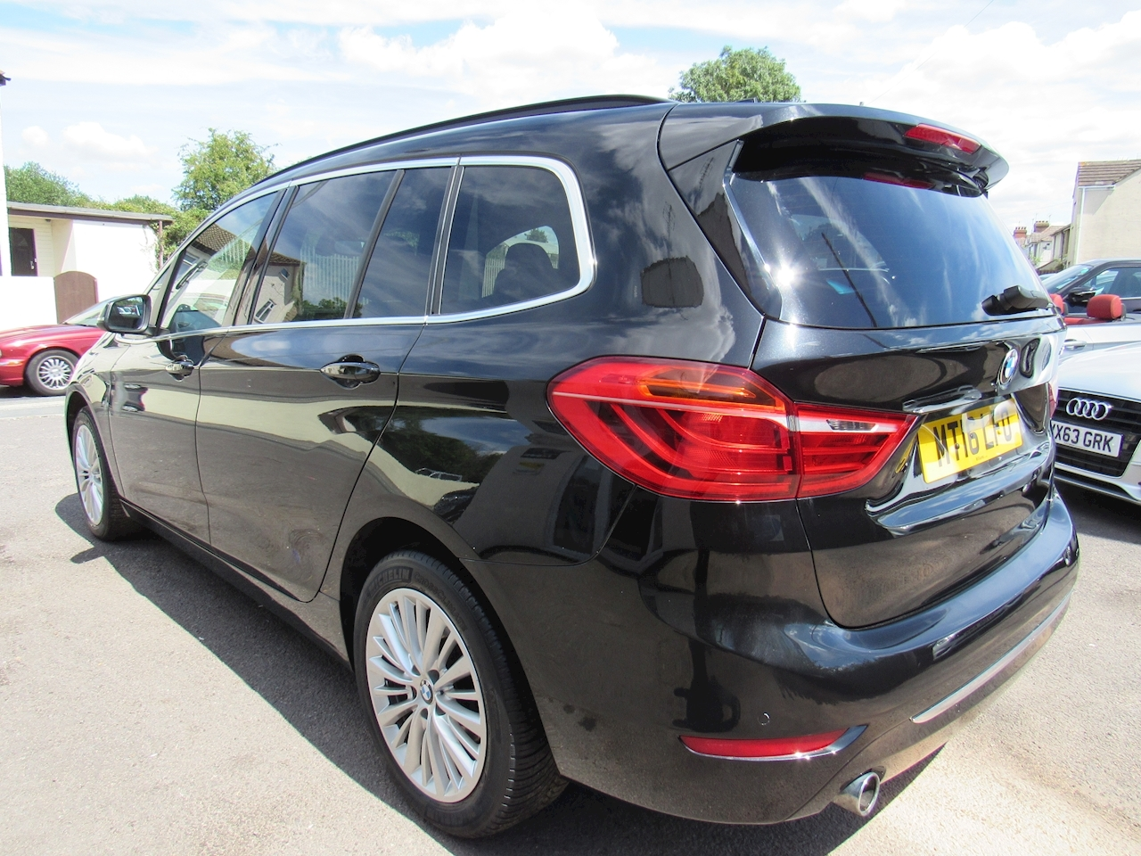 BMW 2 Series Gran Tourer 216d Luxury Gran Tourer Gran Tourer 1.5 Automatic Diesel