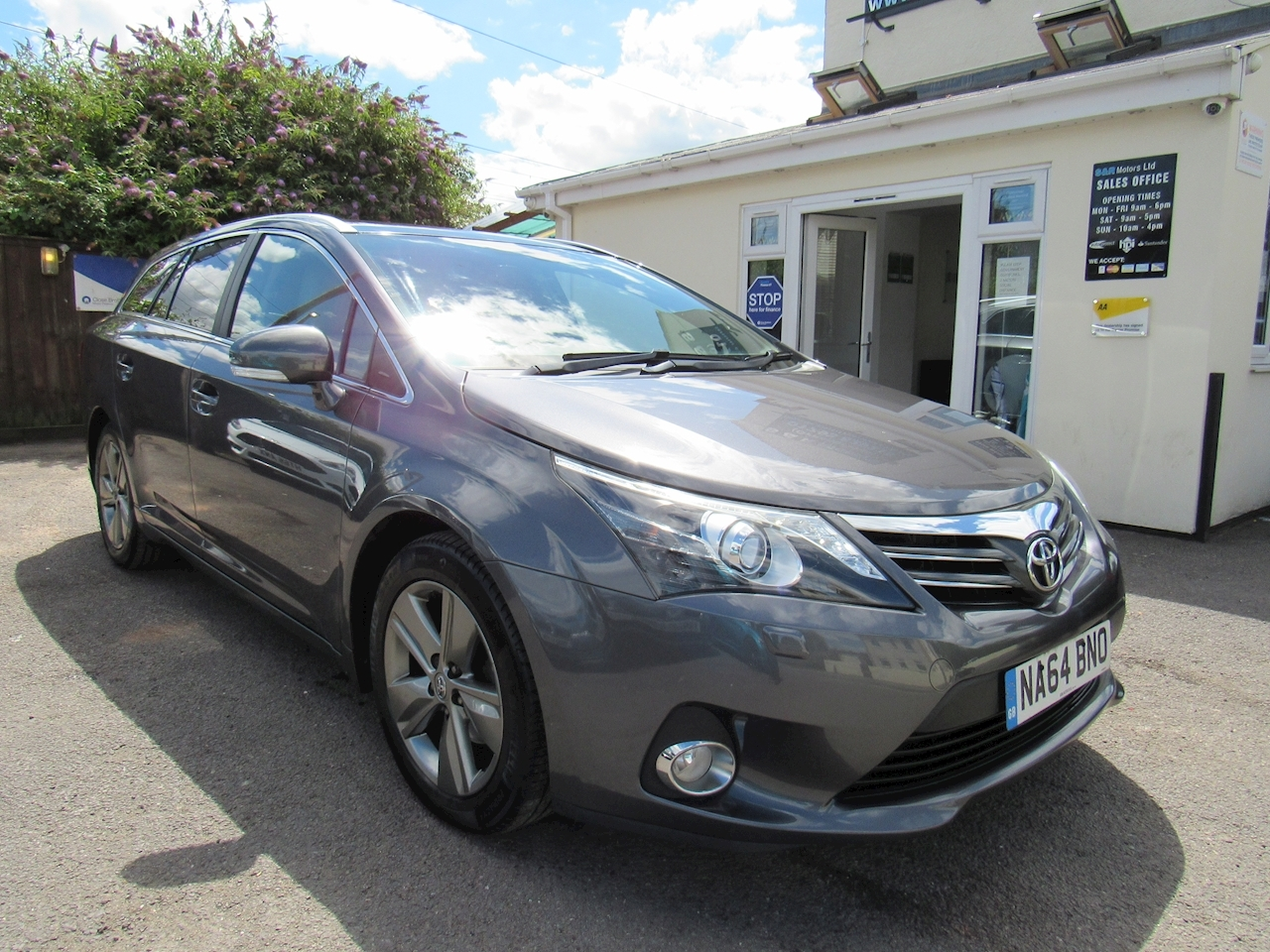 Toyota Avensis Excel Estate 2.0 Manual Diesel