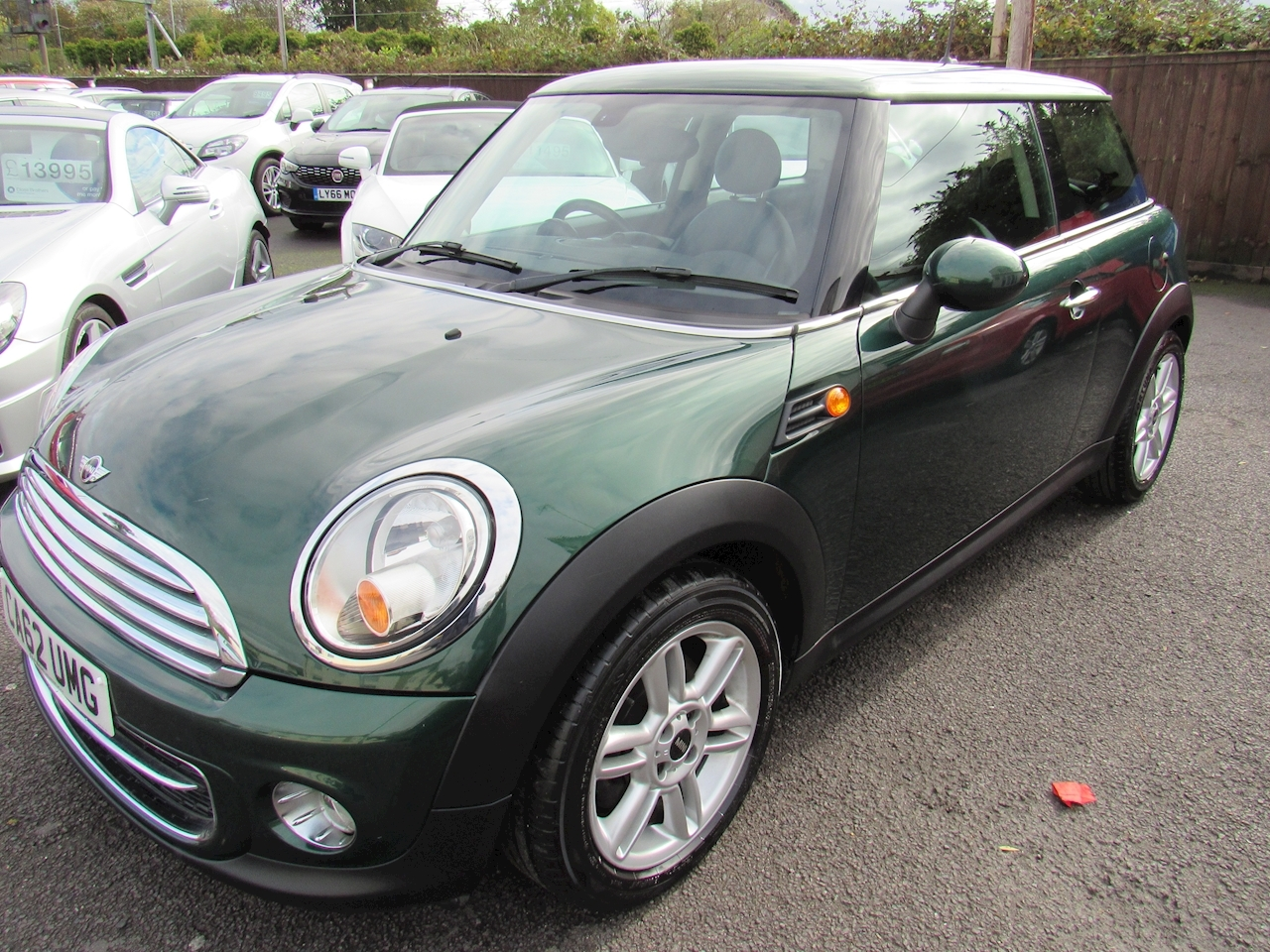 MINI Hatch Cooper D Hatch Hatchback 1.6 Manual Diesel