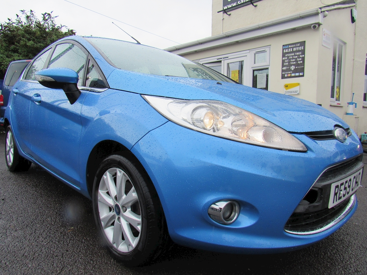 Ford Fiesta Zetec Hatchback 1.3 Manual Petrol