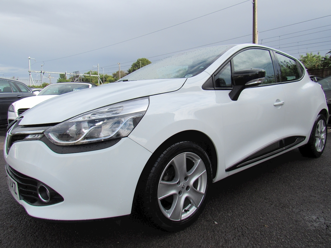 Renault Clio Dynamique MediaNav Hatchback 0.9 Manual Petrol
