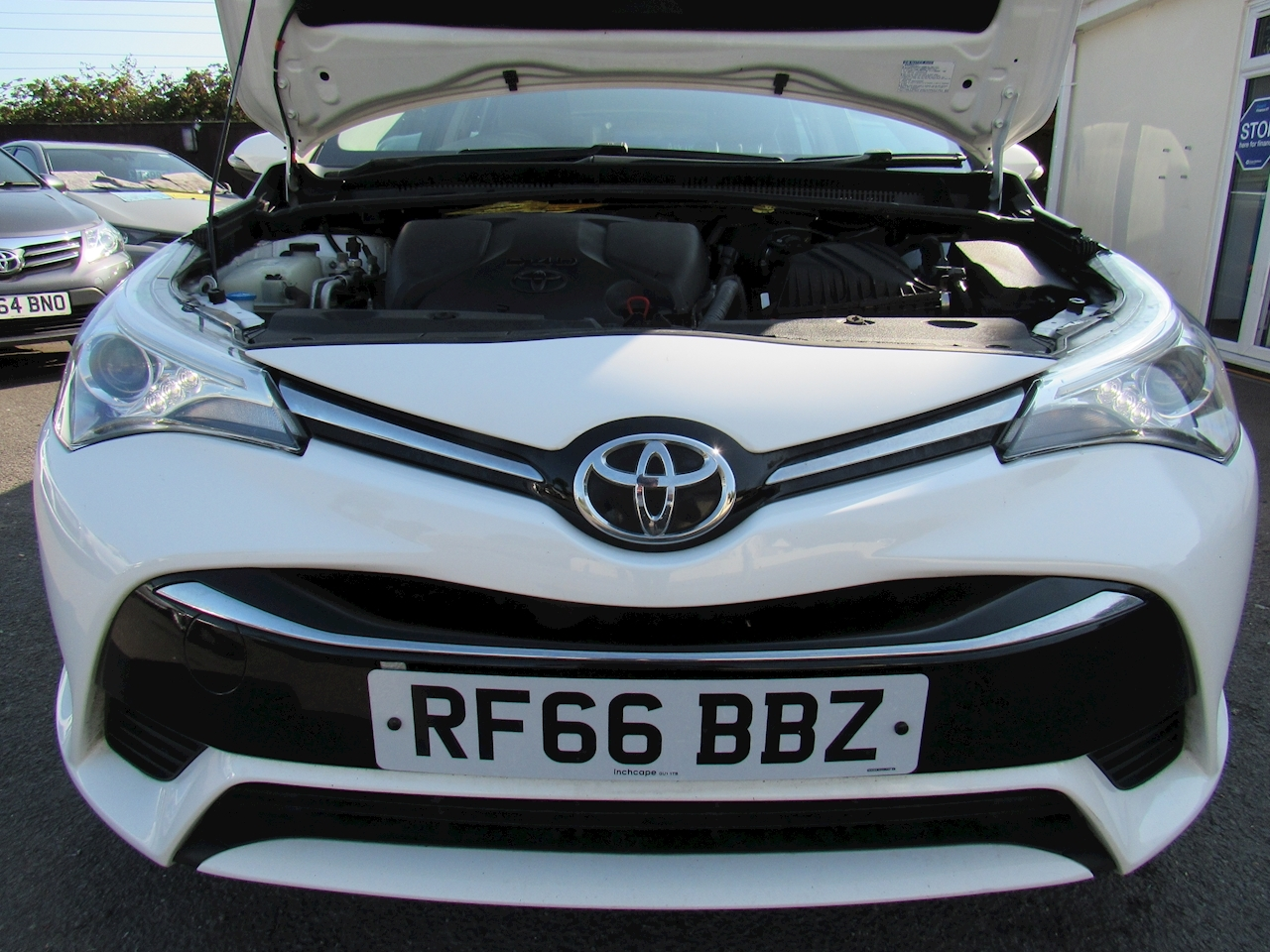 Toyota Avensis Business Edition Touring Sports 1.6 Manual Diesel