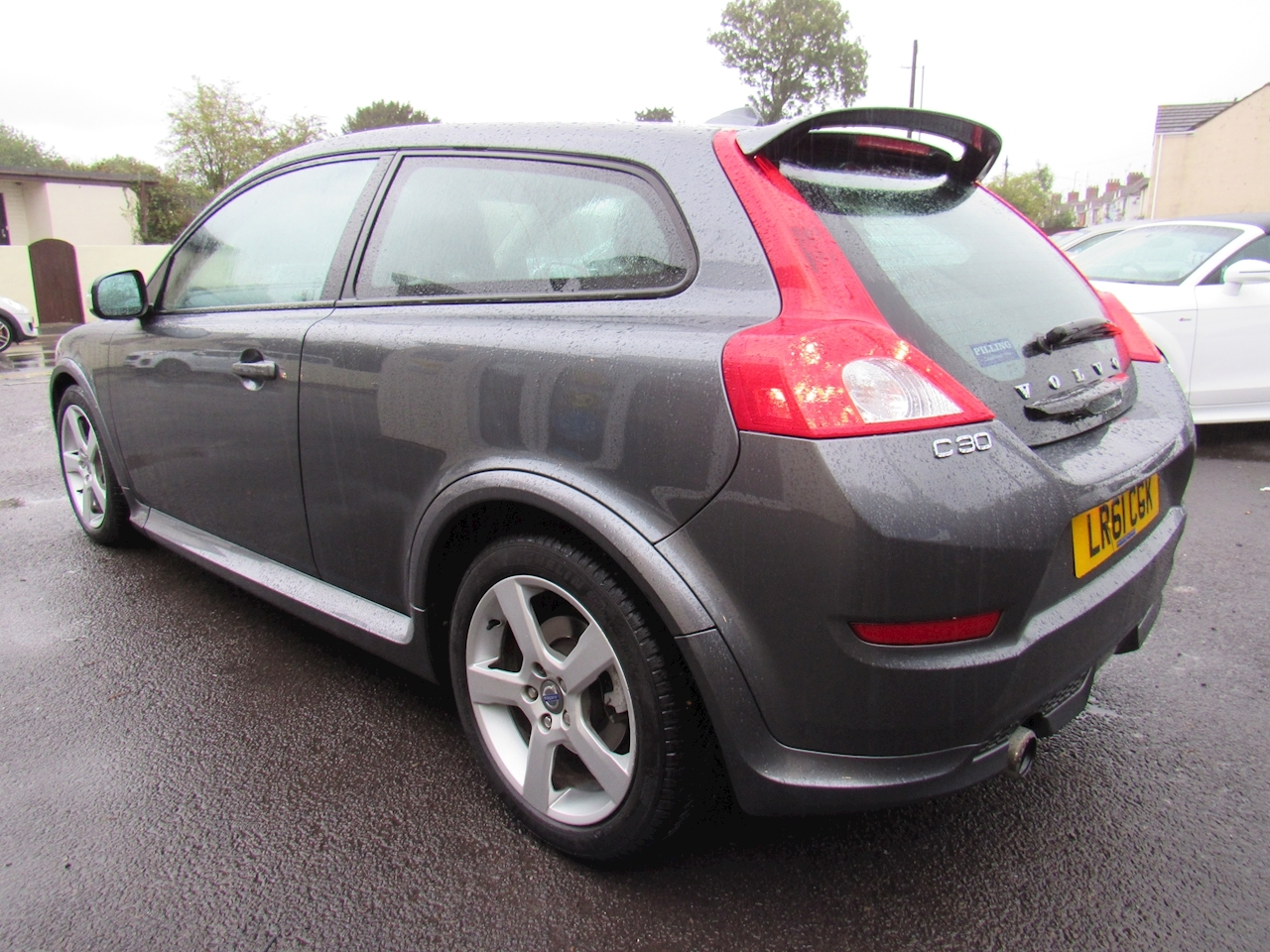 C30 R-Design Coupe 2.0 Manual Petrol