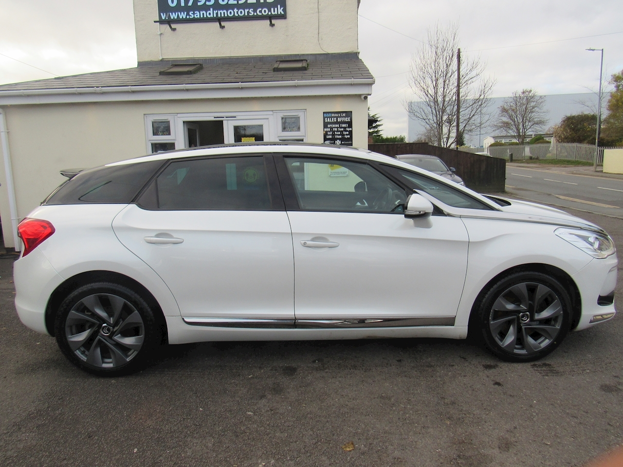 Citroen Ds5 Hdi Dstyle Hatchback 2.0 Manual Diesel