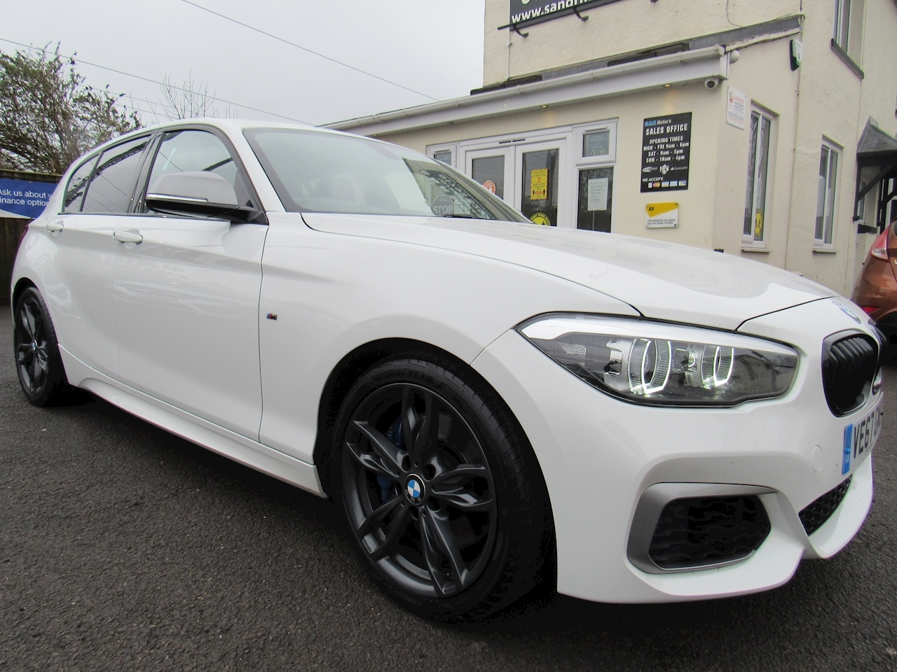 BMW 3.0 M140i Shadow Edition Sports Hatch 5dr Petrol Auto (s/s) (340 ps)