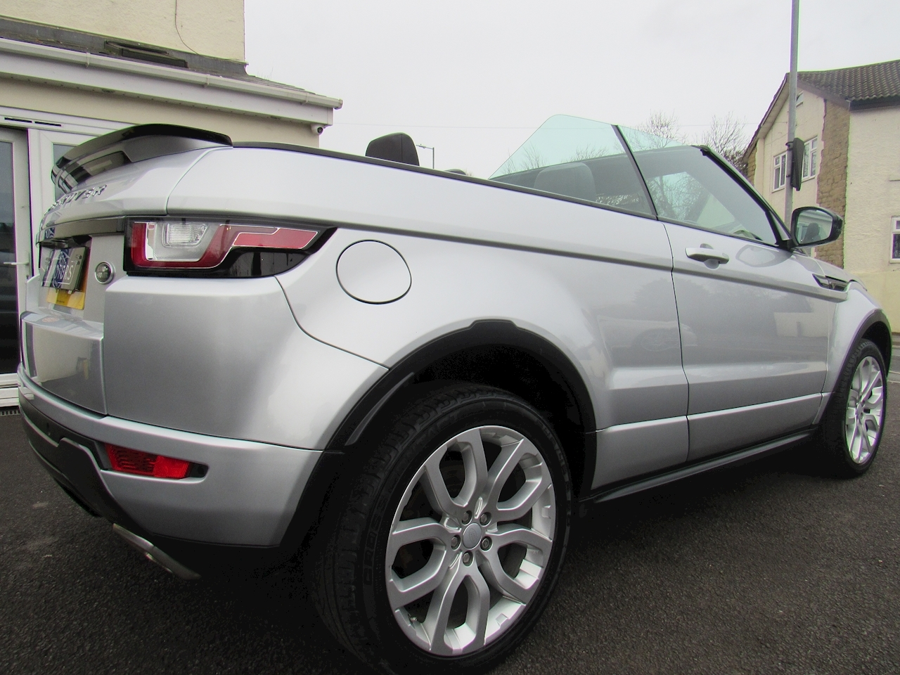 Land Rover 2.0 TD4 HSE Dynamic Convertible 2dr Diesel Auto 4WD (s/s) (180 ps)
