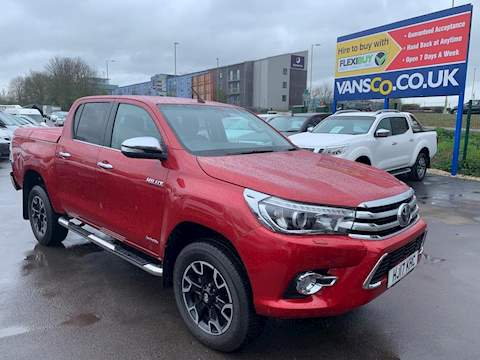 Toyota Hilux Invincible X 4Wd D-4D Dcb 2.4 Pick Up Manual Diesel