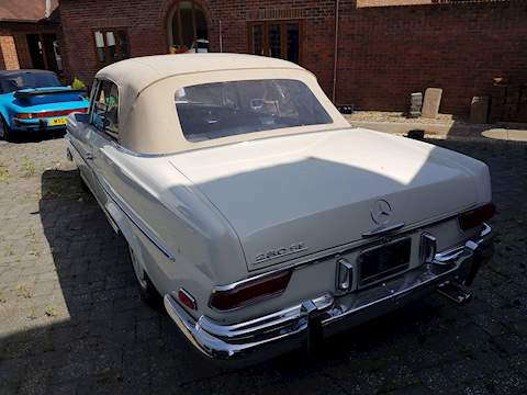 Mercedes 280 Se 0.0 Convertible Automatic Petrol