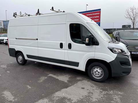 Peugeot Boxer 2.0 BlueHDi 335 Panel Van 5dr Diesel Manual L3 H2 EU6 (130 ps) Panel Van 2.0 Manual Diesel