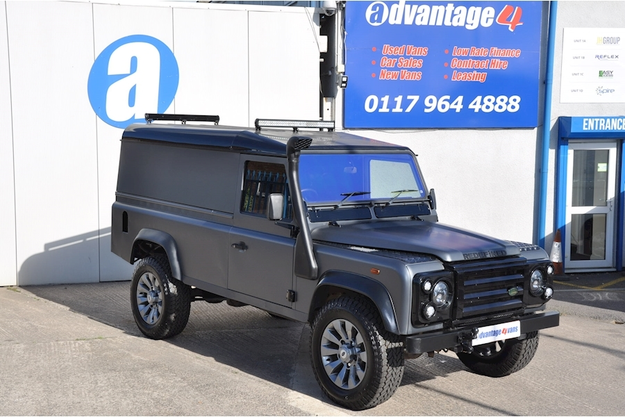 Defender 110 Hard-Top Td5 Light 4X4 Utility 2.5 Manual Diesel